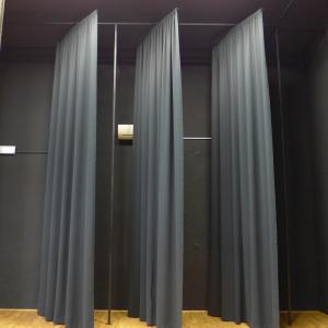 Stranske odrske zavese z možnostjo pomika